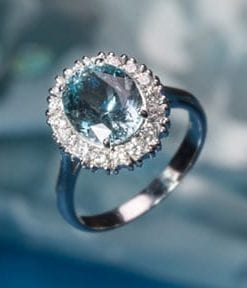 Stunning 2.80 carat aquamarine, diamond and 18ct gold cluster ring from London's Hatton Garden