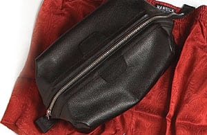 Daines and Hathaway Black Leather Washbag with metal frame