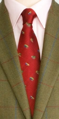 Pure silk woven Fly Tie: the perfect tie for flyfishers