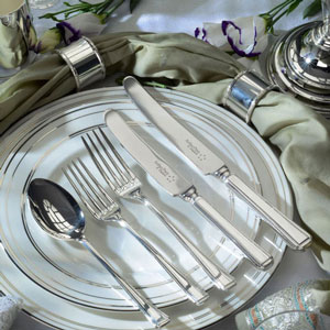 Superb Arthur Price of England 68-piece Harley cutlery: boxed set, a snip at only £129