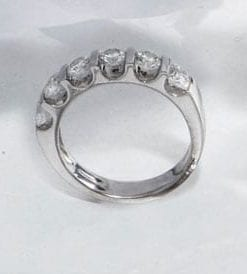 Superb, scintillating diamond and 18ct white gold ring from Hatton Garden