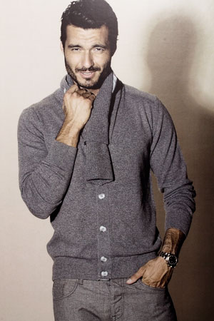 Stylish Italian men's cardigan in cashmere and silk