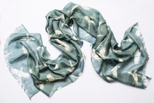 New High Pheasants scarf in cashmere and fine wool: a snip at £33