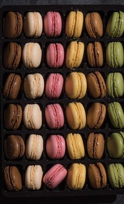 Magnificent French Macaron Collection: 72 delicious macarons only £49 (instead of £135!)