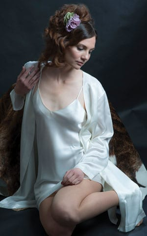Fabulous pure silk nightgown and robe set by the famous Milan silk designers, Luna Di Seta