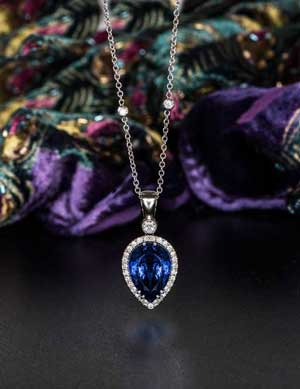 Exceptional 11.66ct tanzanite, diamond and 18ct white gold necklace
