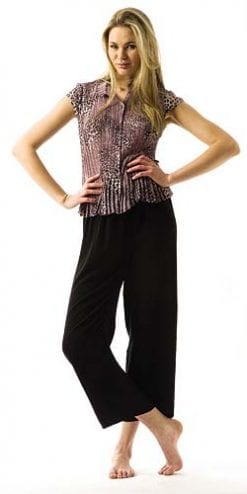 Black wide-leg trousers with elasticated waist