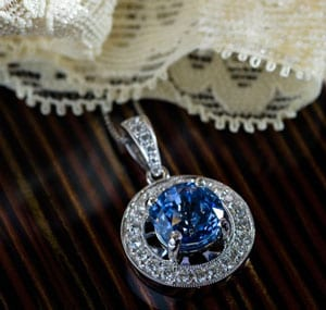 Magnificent new sapphire, diamond and 18ct gold cluster pendant