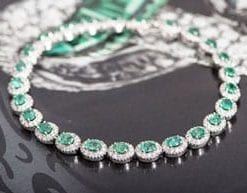 New Hatton Garden Collection: Exquisite Emerald, Diamond and 18ct Gold Bracelet