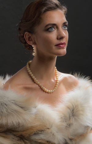 The luxurious Cressida Necklace in South Sea Golden Pearls, Diamonds and Gold