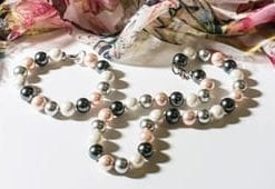 Stylishly contemporary Majorcan pearl necklace and bracelet