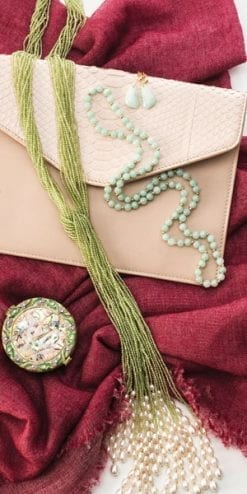 So elegant: the Hawaiian Waterfall Necklace in peridot gemstones, 14ct gold and pearls