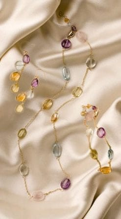 Elegant new 14 carat gold and gem Valentini Jewel Set