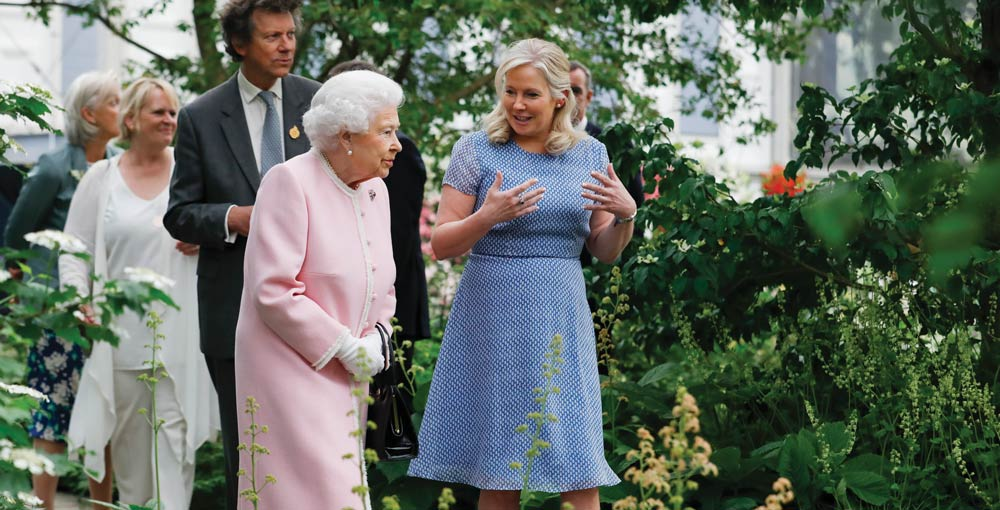 HM Queen at Chelsea Flower Show: CountryClubuk Members special